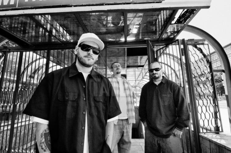 Bug-Mafia-RadioONMusic