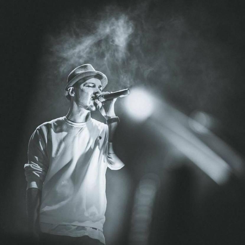 Sunt si Rap si Pop si Rock si ce vrea palariamea…