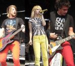 546px-Paramore_03-08-2007